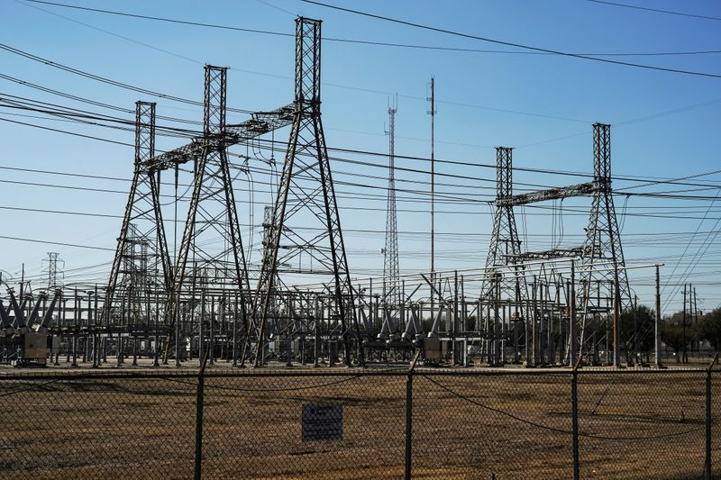Top executives of Texas electric grid resign after storm failure